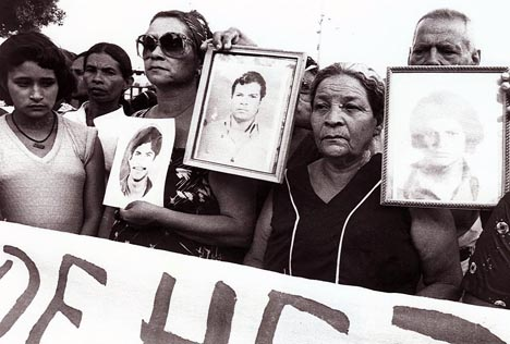 Mothers Demanding Justice for their Dead Sons and Daughters, Managua, (...)